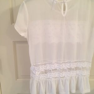 Divided Tops - 🦋 White H&M (Divided) Top • Small/4